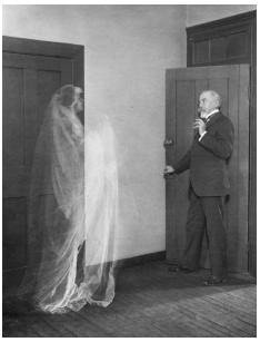 Fantasmas en Edificios Antiguos
