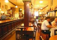 Fantasmas en el Bar Inglés